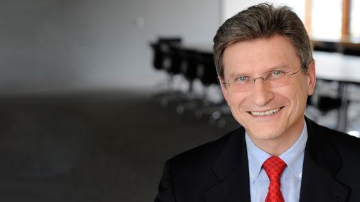Bernhard Titz, Wirtschaftsprüfer, Steuerberater, Ebner Stolz, Kronenstraße 30, 70174 Stuttgart