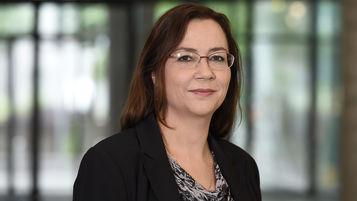 Bettina Weyh, Steuerberaterin und Rechtsanwältin, Kronenstraße 30, 70174 Stuttgart