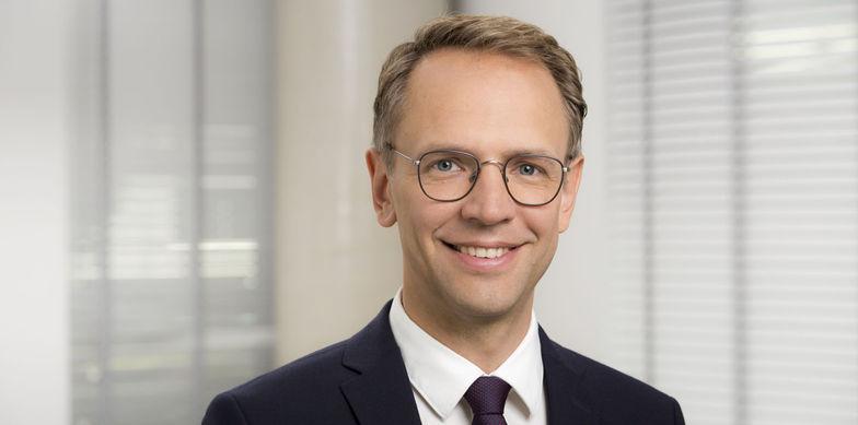 Dr. Sebastian Hölscher, Steuerberater, Ebner Stolz, Holzmarkt 1, 50676 Köln