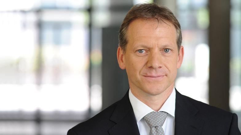 Dr. Volker Hecht, Wirtschaftsprüfer, Steuerberater, Ebner Stolz, Kronenstraße 30, 70174 Stuttgart