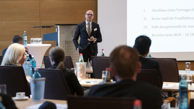 Genossenschaftsbanken diskutieren über Trends und Themen in der Restrukturierung