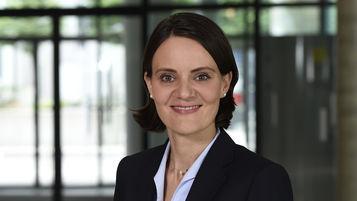 Linda Ruoß, Wirtschaftsprüferin, Director, Ebner Stolz, Kronenstraße 30, 70174 Stuttgart