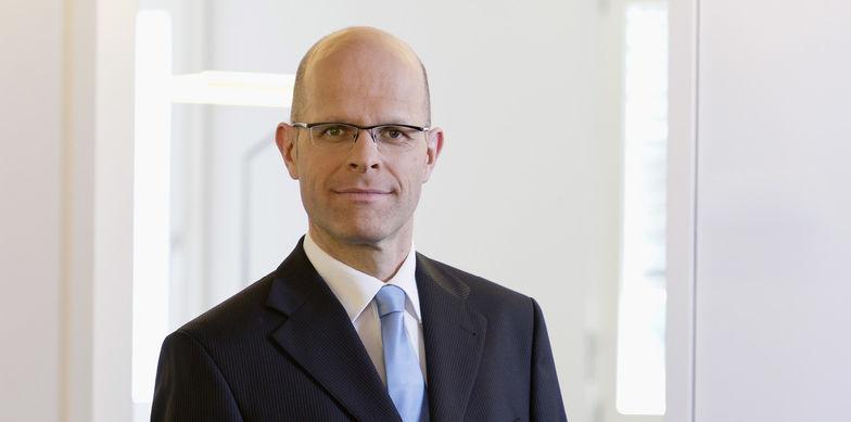 Matthias Josi, T + R AG, Fürsprecher, Dipl. Steuerexperte, Vizedirektor, T+R AG, Schweiz