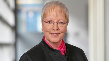 Sabine Holtrup, Steuerberaterin bei Ebner Stolz in Bonn